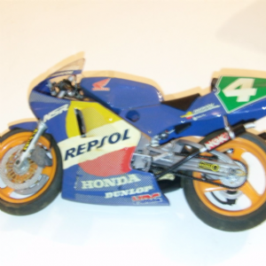 Tamiya Honda Nsr 250 Repsol 1/12 Scale Model Kit  built